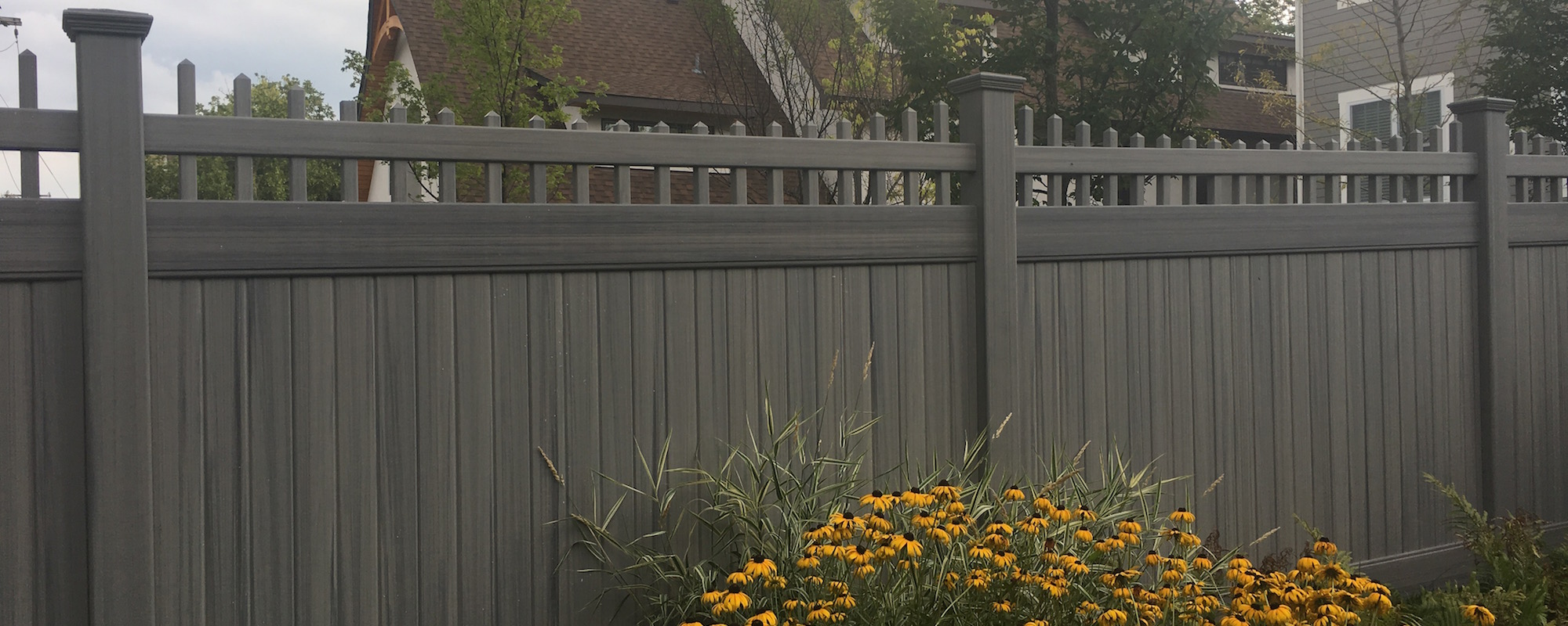 Custom Vinyl Fence From Legacy Vinyl Components Lockport Il